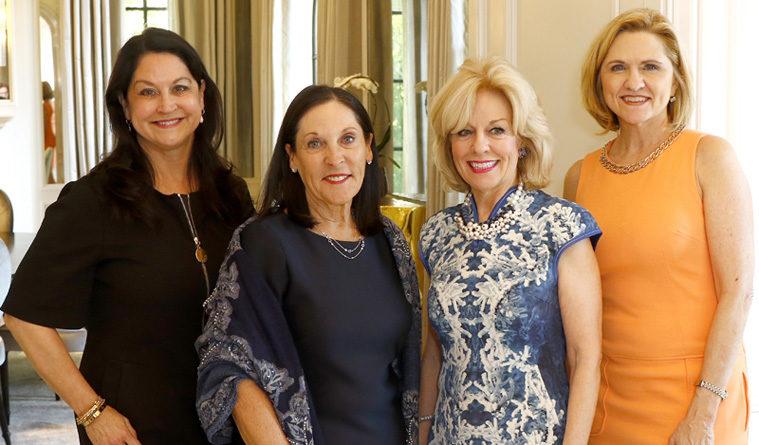 Dr. Sandra Chapman Named Les Femmes du Monde Woman of the Year 2018